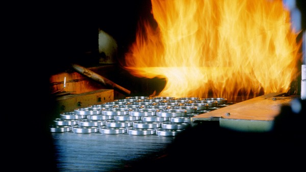 In Schweinfurt wird ein flexibles, zentrales Wärmebehandlungssystem für Wälzlagerringe in Betrieb genommen.
