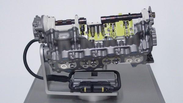 """Gemeinsam mit Fiat entwickelt und produziert die Schaeffler Gruppe """"UniAir"""" – die weltweit erste vollvariable elektrohydraulische Ventilsteuerung."""
