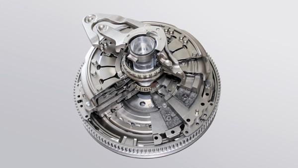 Weltpremiere: Ende Januar geht die trockene LuK Doppelkupplung im 7-Gang-DSG-Getriebe bei Volkswagen in Serie.