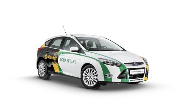 Schaeffler und Continental haben in enger Zusammenarbeit ein  Demonstrationsfahrzeug aufgebaut: das Gasoline Technology Car.