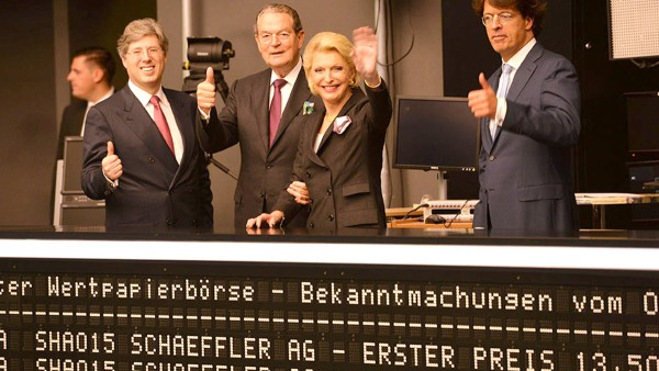 Schaeffler successfully completes its initial public offering on October 9, 2015 under the motto
