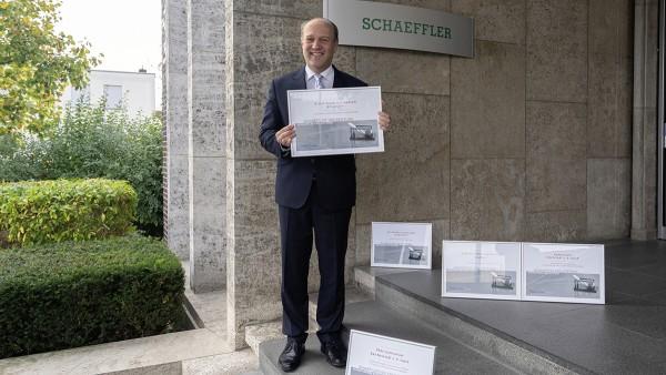 Schaeffler FAG Stiftung zeichnet Schulen aus
