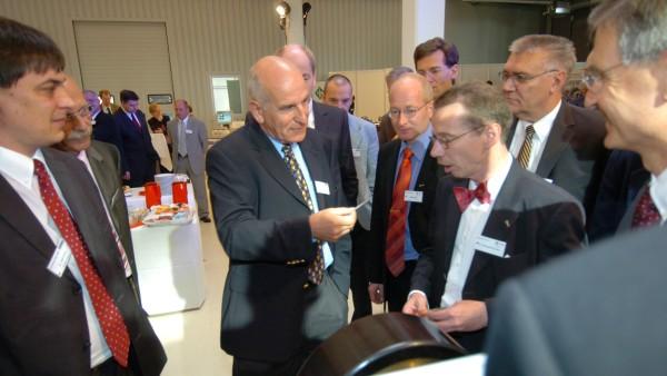 Über 100 Kunden aus ganz Europa besuchten die Innovation Days 2006 der Schaeffler Gruppe Industrie in Schweinfurt.