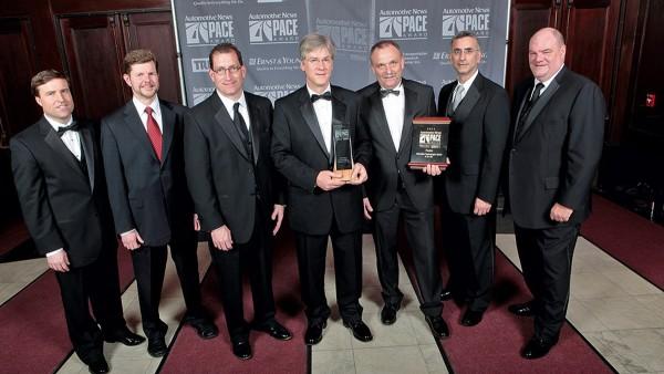 """PACE-Award für Schaeffler! In der Kategorie """"Produkt"""" überzeugte die wälzgelagerte Leichtbau-Ausgleichswelle"""