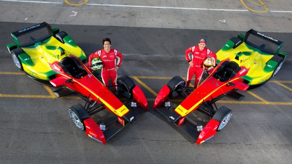 Schaeffler accelerates the development in FIA Formula E and participates as the exclusive technology partner of the ABT Sportsline team with advertising on the cars of Daniel Abt and Lucas di Grassi.